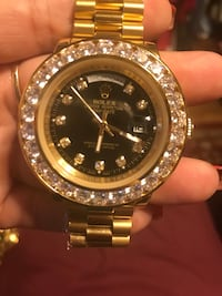 round gold Rolex analog watch with link bracelet South San Francisco, 94080