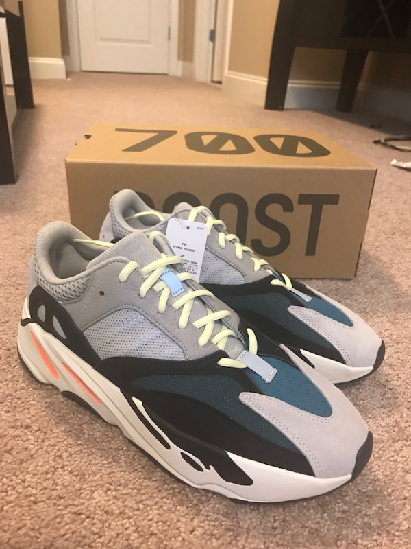 cheap for discount 79914 036b1 Yeezy Wave Runner 700 Size 12
