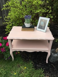 Pink vintage table Barrie, L4N 9N7