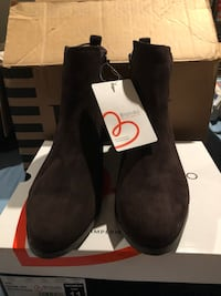 Woman's Size 11 Brown Suede Booties Collingswood, 08107