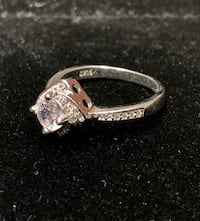 Beautiful 925 AAA zirconium engagement ring Toronto, M6N 2C9