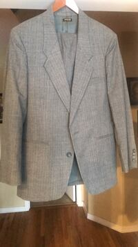 New Gray Suit Nampa, 83687