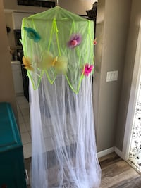 Netting, canopy with butterflies for child's bedroom or playroom Fort Myers, 33919