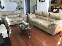 Living Room Set couches, coffee & end tables Aberdeen, 21001
