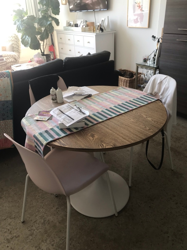 used table and 4 chairs world market tulip table metal base white rh gb letgo com