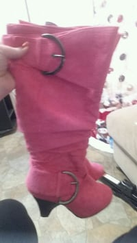 Size 6 almost new Morristown, 37814