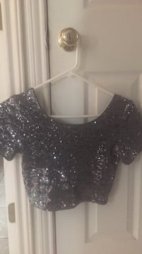 Forever 21 sequin grey crop top size small