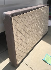 """Twin box spring. Low profile- 5"""". Excellent condition   Cypress, 90630"""
