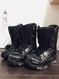 Pair of Black ThirtyTwo Snowboard boots Surrey, V4N 6L8