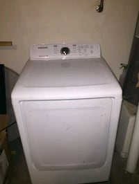 white front-load clothes washer Phoenix, 85040