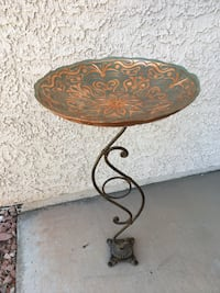 Bird Bath Feeder Wrought iron Stand with Glass Bowl - Cute for patio! Henderson, 89012