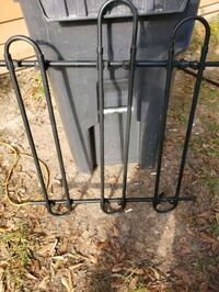 Pet gate for vehicle