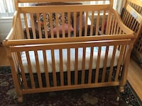 4-in-one Child Craft crib-natural maple Amesbury, 01913