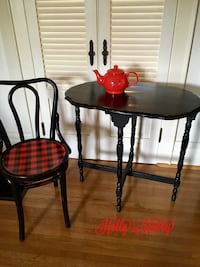 Table/ chair priced separate  Hagerstown, 21740