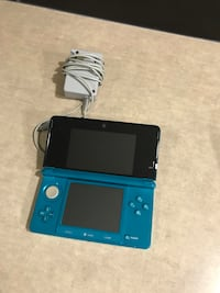 3DS with case - no stylus  Springfield, R0E