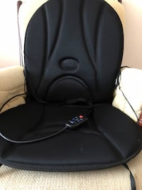 black and gray car seat Montreal, H1G 2X9
