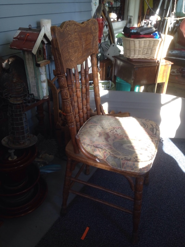 07d616ef97d75 Used Vintage wood dining table chairs for sale in Glencoe - letgo