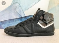 Louis Vuitton black spitfire shoes SIZE: 8 1/2 Vancouver, V5Y