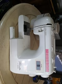 Sewing machine and embroidery Wellford, 29385