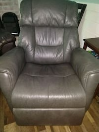 Brand New leather rocking rotating electric reclin Richmond, 23230