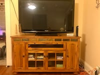 Solid Oak Tv stand Syracuse, 13208