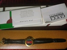 **Gucci Watch..(womens)..nice gift**