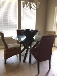 $200 obo! Beautiful dining table & 2red leather chairs!