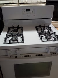 Whirlpool gas stove  Woodbridge, 22191