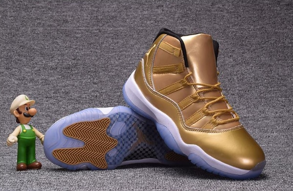 2018 Cheap Air Jordan 11 Retro All Gold Shoes Sale For Men usado en ... 574fb0b18