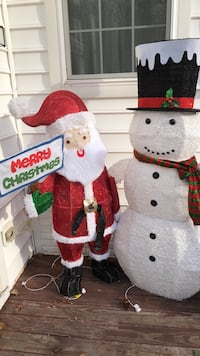 lighted Christmas decorations Mount Airy, 21771
