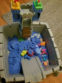 Little Tikes kinetic sand sandbox Gainesville