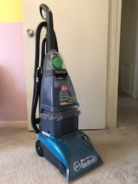 Carpet steam vacuum cleaner