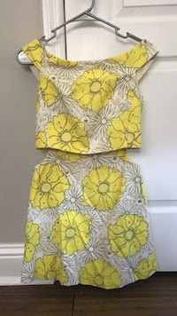 Yellow and gray floral top and mini skirt Candler, 28715