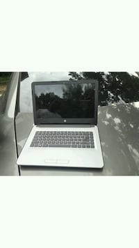 black and gray HP laptop Hillcrest Heights, 20748