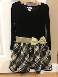 Girl's dress size 8 Rockville
