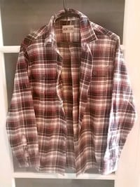 Thick Quality Red and White Plaid Dress Shirt. St. Catharines, L2R 3E2