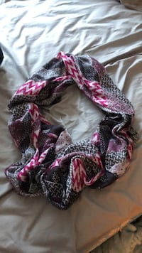 Infinity scarf Rockville, 20852