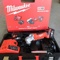 Set di trapani a mano cordless Milwaukee Bologna, 40139