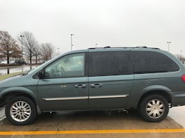 2007 Chrysler Town & Country Touring LWB