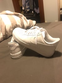 Nike Airforce 1s size 9.5 New Westminster, V3L 2R1
