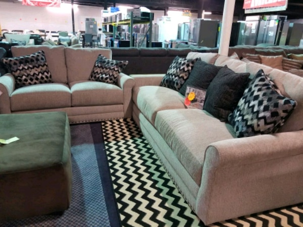 Brand new couch and live seat set with accent pill eda6f5e9-7242-42c6-93b7-9f96ee8eb60d