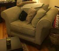 Couch and Chair Set Ashburn