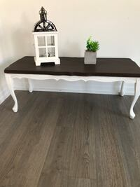 Elegant refurbished coffee table for sale. Price negotiable  East Gwillimbury, L9N