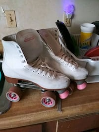 Classic roller skates made by Chicago Washington, 20019