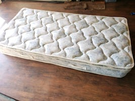 Single mattress 50$ delivery 30