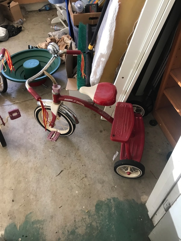 b66aaa798d2 Used Classic radio flyer tricycle for sale in Mount Hamilton - letgo