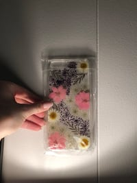 iPhone 8 Plus - Clear, real pressed flowers, phone case Toronto, M2K 1L8