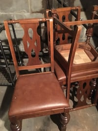 Leather upholstery hardwood chairs - 6 Oro-Medonte, L4M 4S1