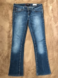 distressed blue-washed jeans Chula Vista, 91915