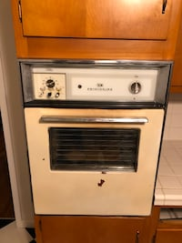 Antique frigidaire oven and stovetop Winchester, 22602